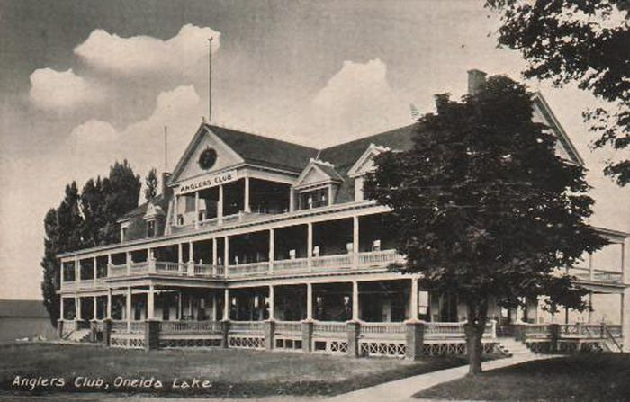 Angler's Club, where Lake Shore Yacht and Country Club now stand